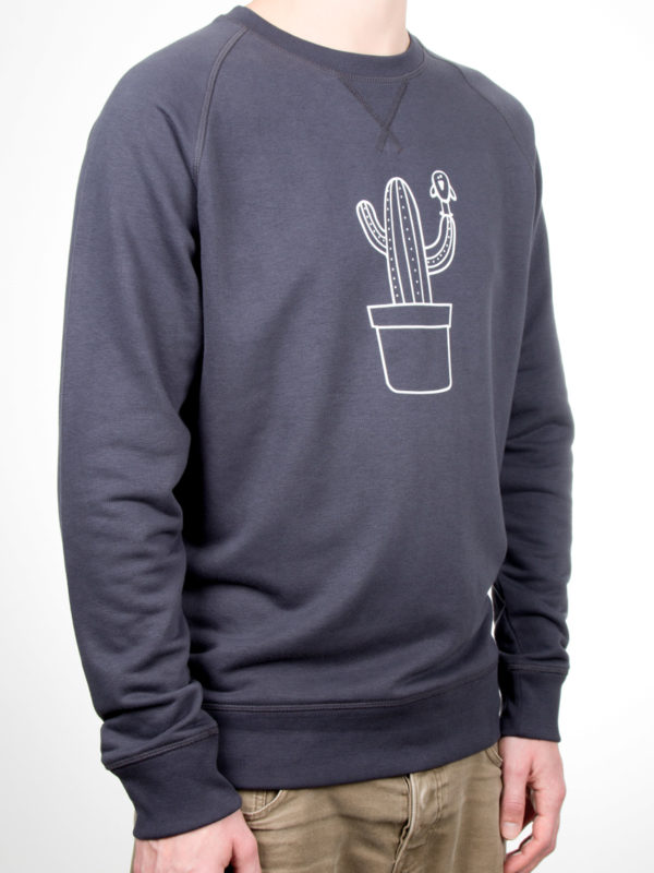 sweater-indian-grey-cactus-zijkant